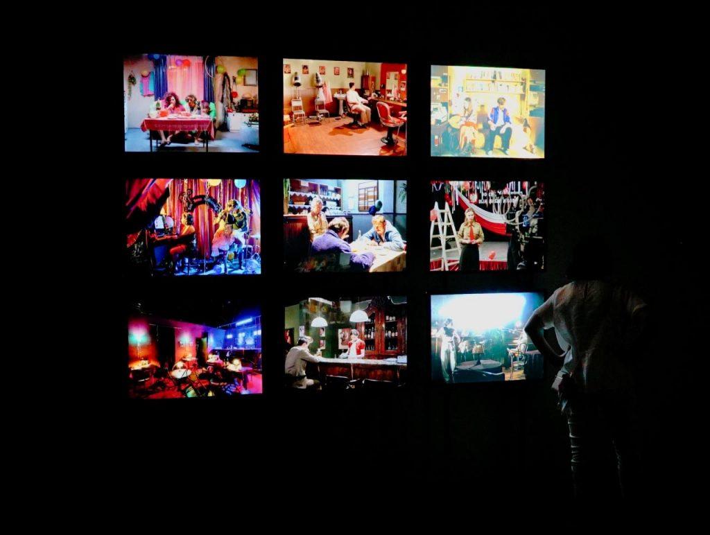 Zdjęcia z wystawy Ewy Braun - Odtwarzanie minionych światów  z 24 lipca 2018 r. | Ekspozycja fotosów