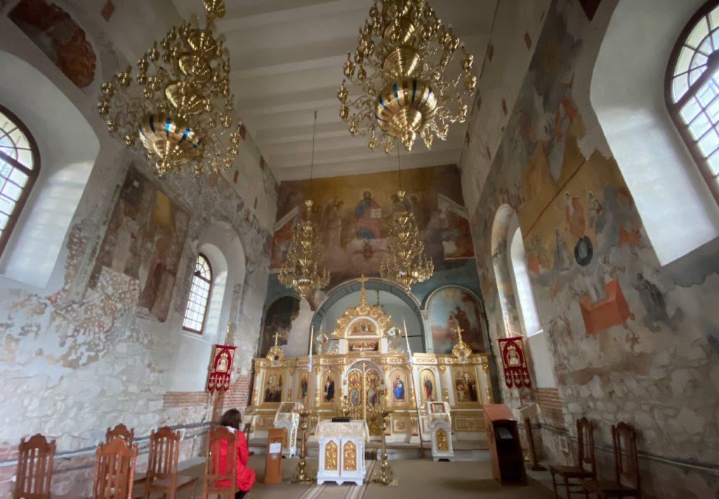 Wnętrze szczebrzeszyńskiej cerkwi.